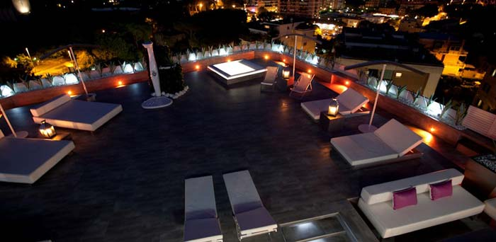 Roof terrace Penthouse in Rome 2