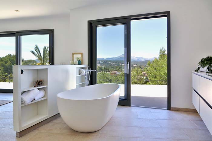 Luxury villa in Santa Ponsa Majorca (3)