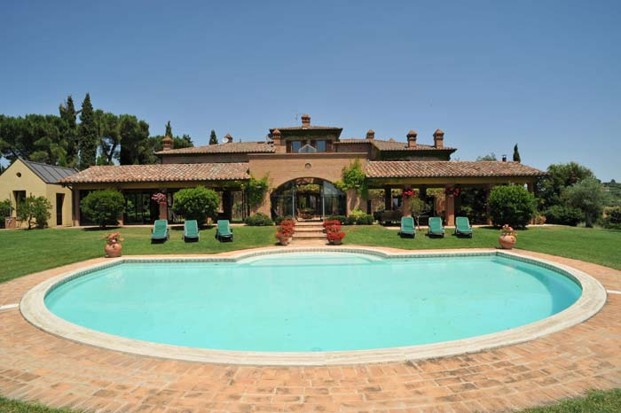 Pool Luxury country estate Tuscany Italy