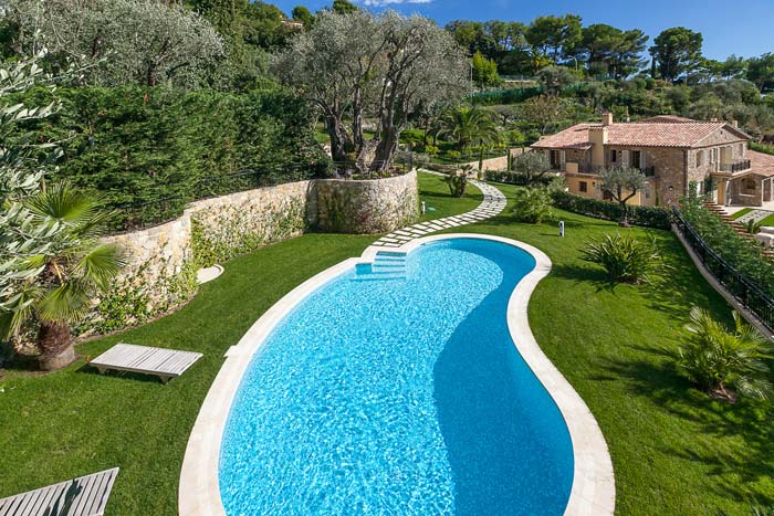 Luxury villa in Villefranche-sur-Mer on the French Riviera (6)