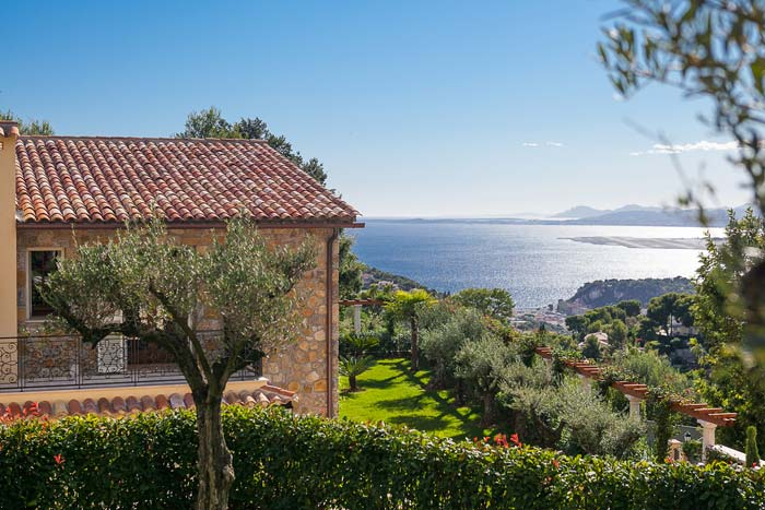 Luxury villa in Villefranche-sur-Mer on the French Riviera (3)
