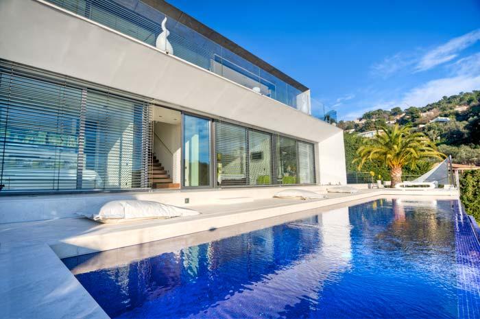 Exclusive villa in Villefranche, French Riviera (2)