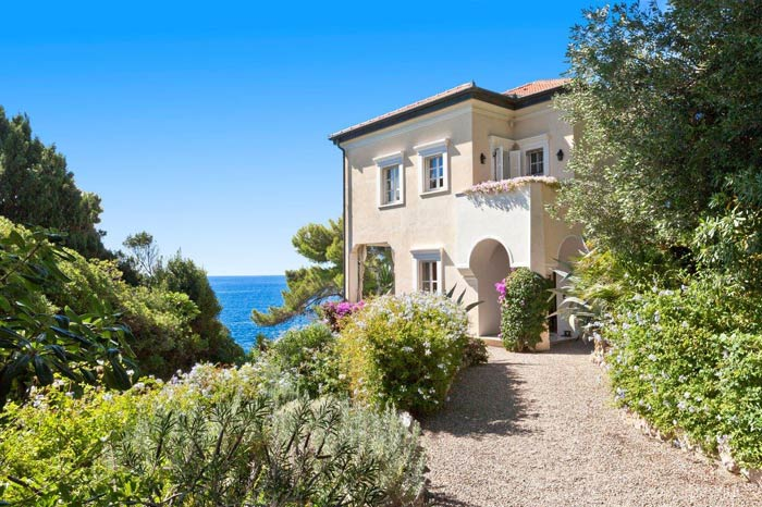 Classic French Riviera Residence for sale in Cap d\'Ail