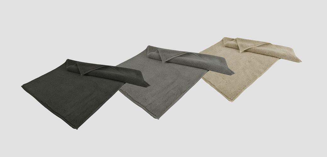 3 stylish and practical bath rugs
