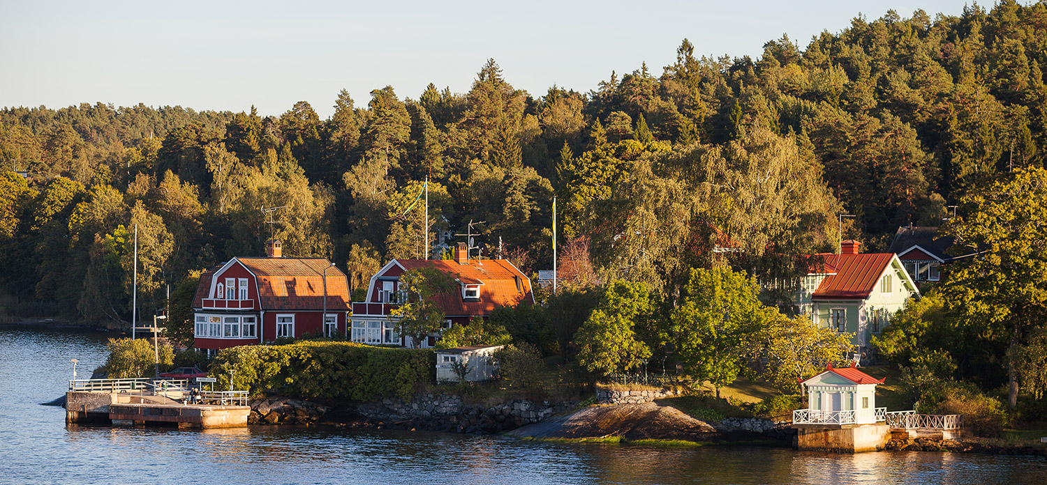 Waterfront houses in Stockholm archipelago